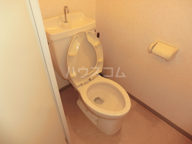 アミティー烏山 305号室のトイレ
