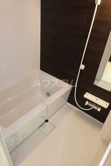 アクトレス 102号室の風呂