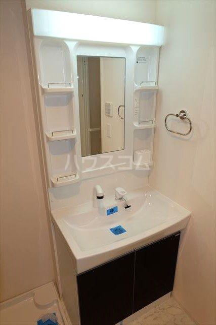 アクトレス 102号室の洗面所