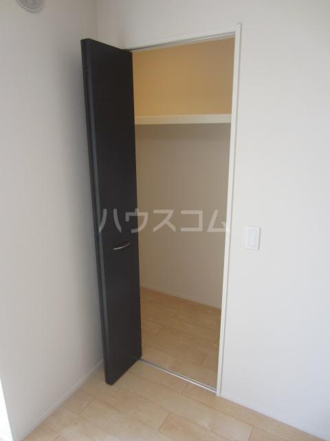 ラウレア OZ 202号室の収納