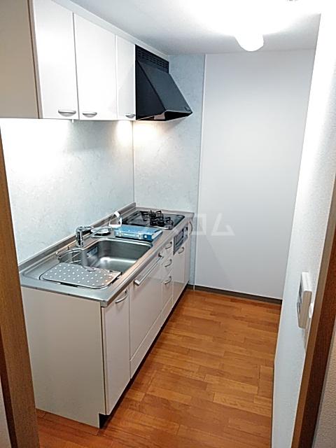 グランハイツ池尻 0413号室のキッチン