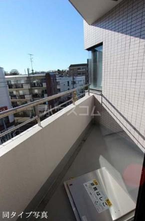FUKASAWA614マンション 505号室のバルコニー