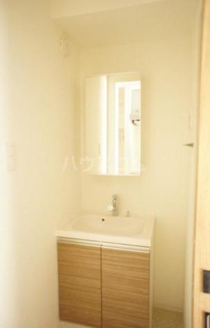 ラティエラ都立大学(旧フェルクルールプレスト都立大学) 205号室の洗面所