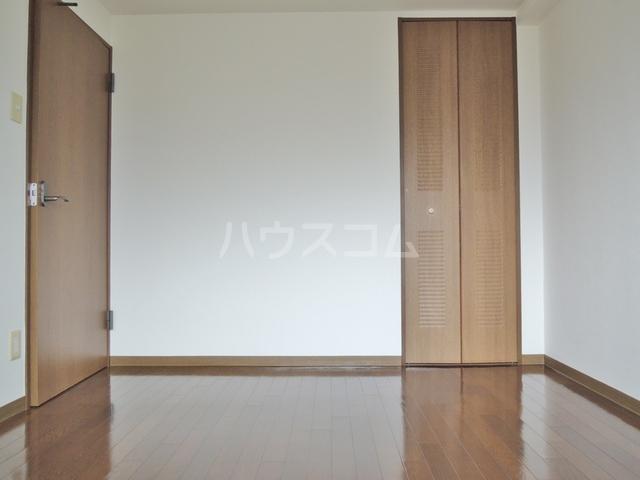 シルクフォルム 215号室のベッドルーム
