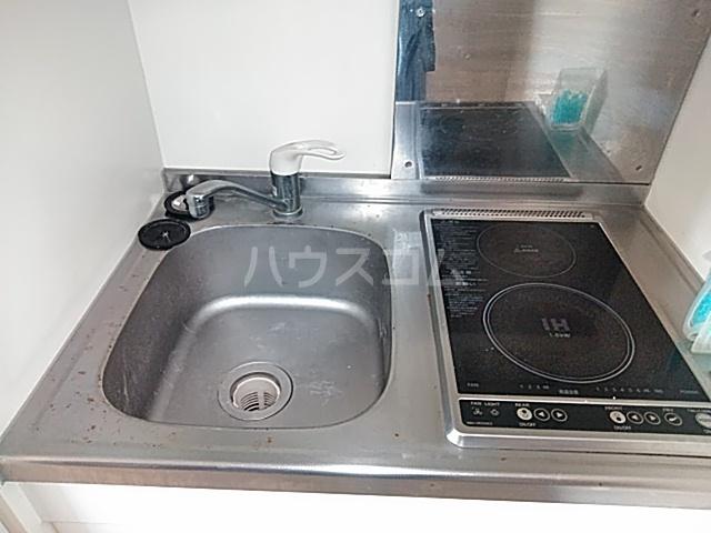 K corpo ナオイ 201号室のキッチン