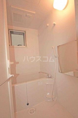 KTテラス 103号室の風呂