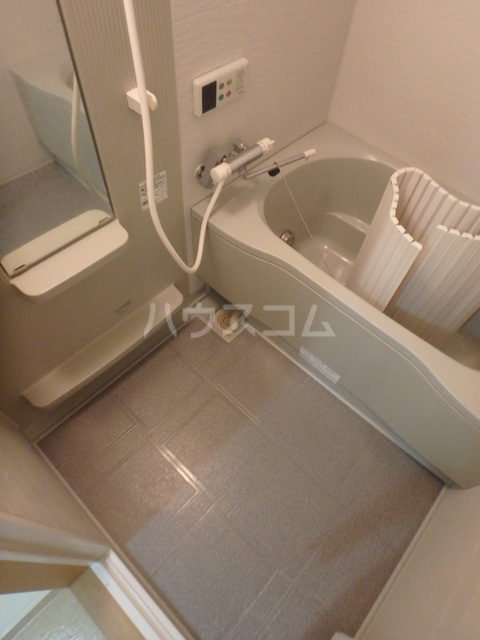 ウィステリアコート 301号室のトイレ