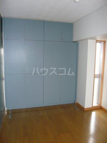 メゾン・ドゥ・フォレ 505号室の収納