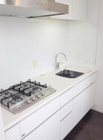 パークキューブ目黒タワー 801号室のキッチン