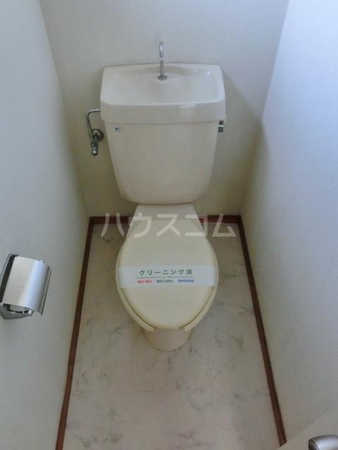 ホワイトタウン若宮 201号室のトイレ