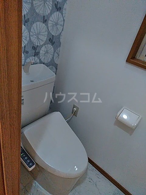 田園調布戸建のトイレ