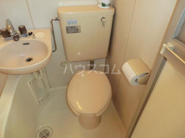 エステートピアヒルズ 101号室のトイレ