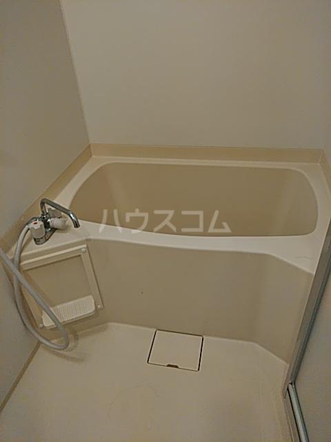 Alta Todoroki 202号室の風呂