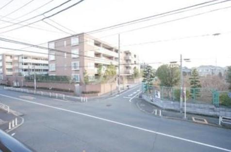 第2ヒラソル上野毛 201号室の景色