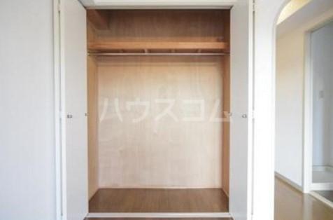第2ヒラソル上野毛 201号室の収納