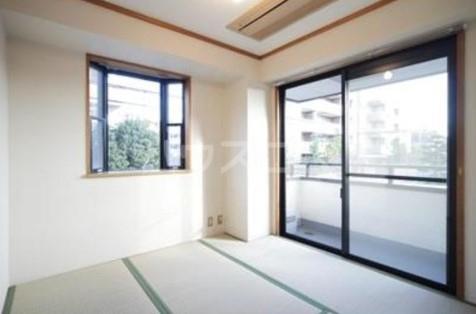 第2ヒラソル上野毛 201号室の居室