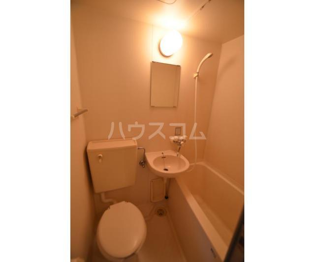 パークハイツ与野 101号室のトイレ