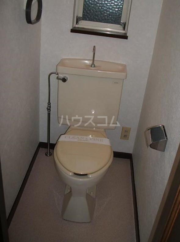 碑文谷3丁目住宅のトイレ