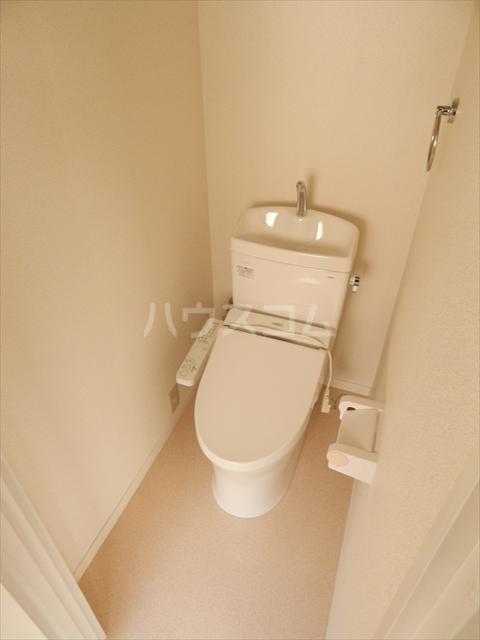 サンライズ 102号室のトイレ