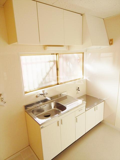 サンライズ 201号室のキッチン