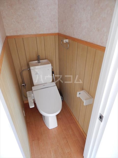 サンライズ 201号室のトイレ