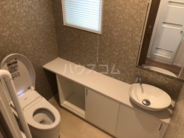 東越谷戸建のトイレ