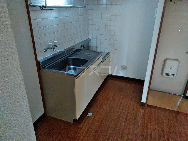 エルディムエンドウ 01030号室のキッチン