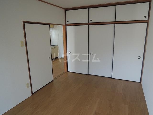 ファミリーステイツ3 03030号室の居室