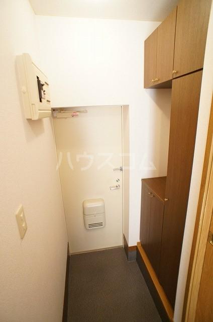 パークウッドB 01040号室の玄関