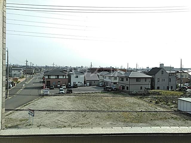 グランドゥールH 03030号室の景色