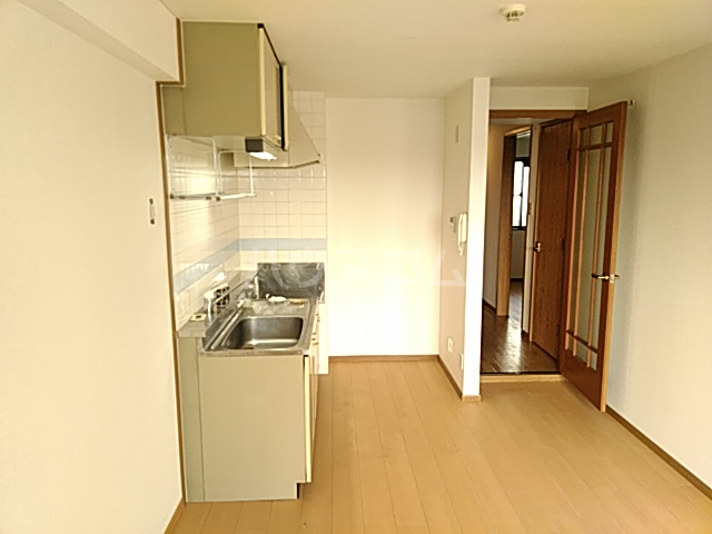 グランドゥールH 03030号室のキッチン