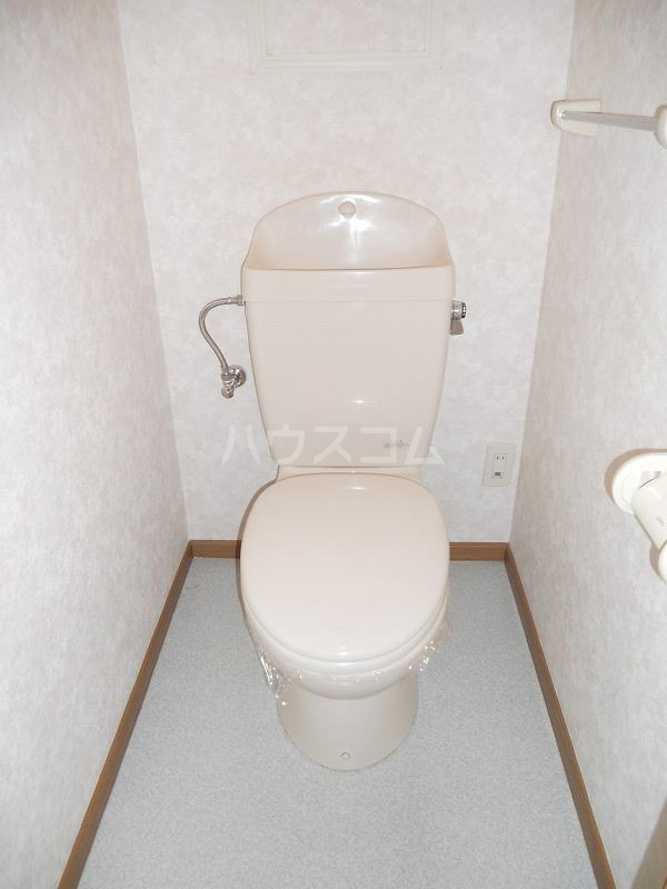 OAK ROYAL2番館 03030号室のトイレ