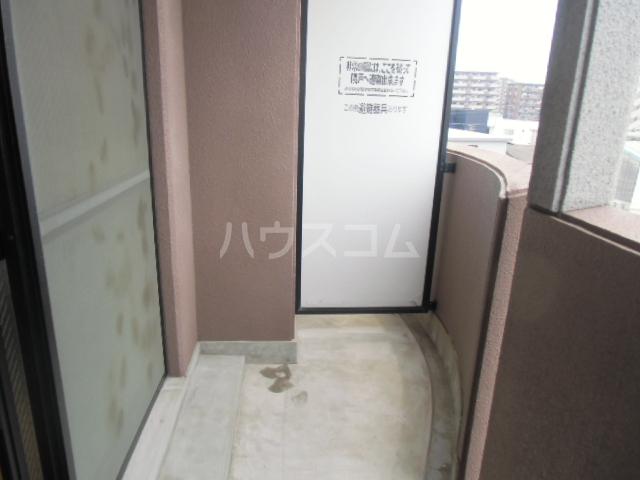 グレイスシャトル 04010号室のバルコニー