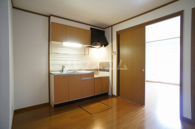 ステラキッズB 01030号室のキッチン