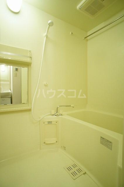 ステラキッズB 01030号室の風呂