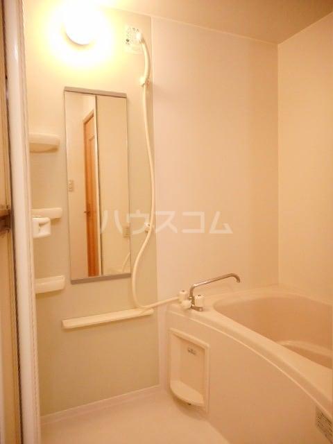 カレント 01020号室の風呂