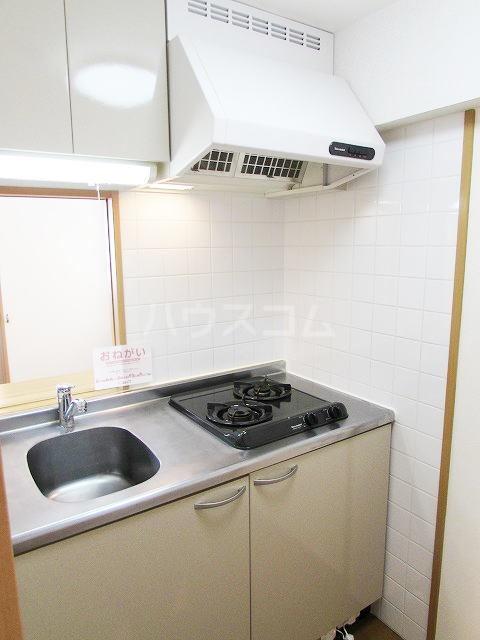 ハイネタウン箱崎 07010号室のキッチン