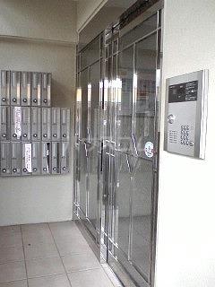 ハイネタウン箱崎 07010号室のエントランス