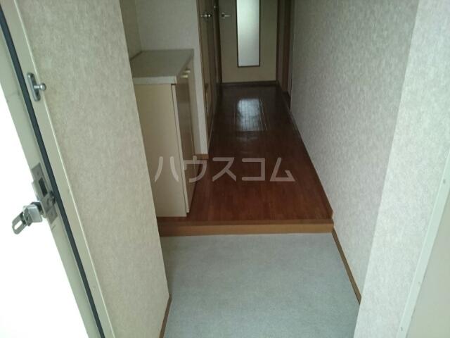 パストラルⅠ 02020号室の玄関