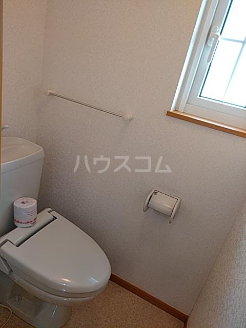 エクセレンテⅡ 02010号室のトイレ
