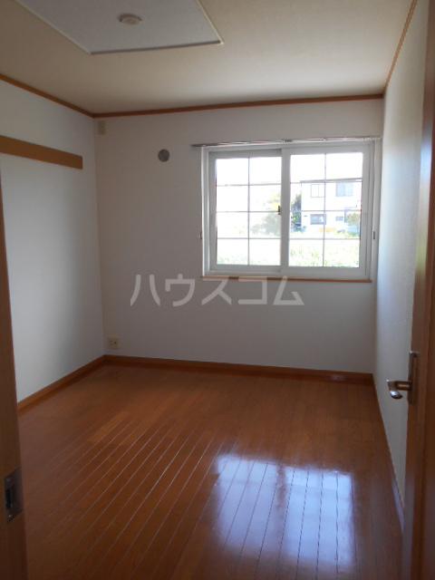 ジェルメ 01020号室の居室