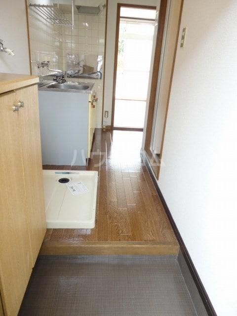 コ-ポユリ 01010号室の玄関