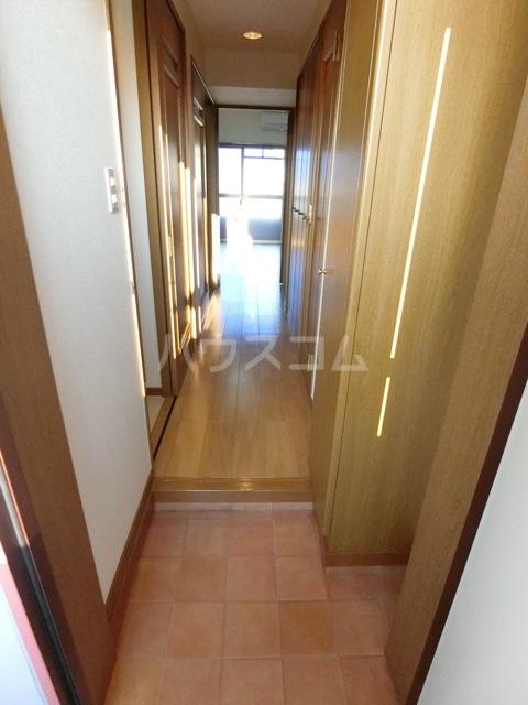 ビオラ・パラッツォ 10010号室の玄関