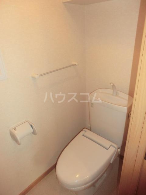 メゾン コリーヌ 02020号室のトイレ