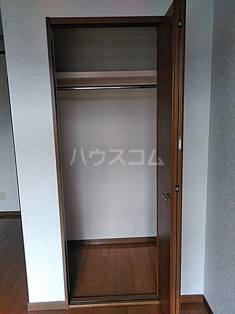 カーサシャルマン 02020号室の収納