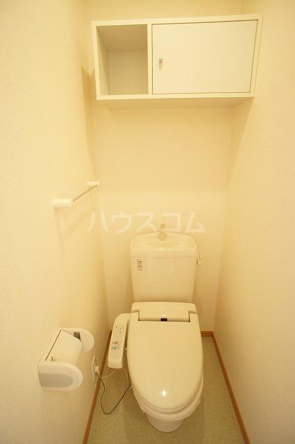 ラヴェンデル ツヴァイ 01030号室のトイレ