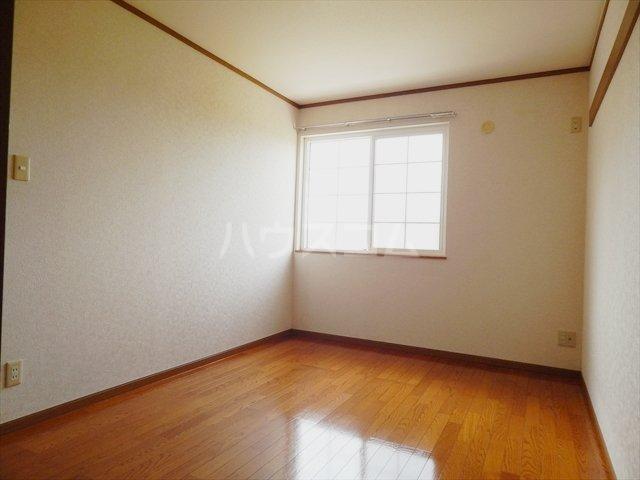 リヴィエールⅠ 01020号室の居室