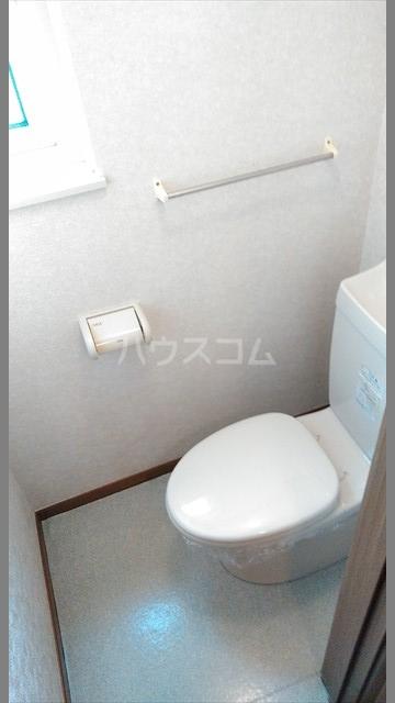 リヴィエールⅠ 01020号室のトイレ
