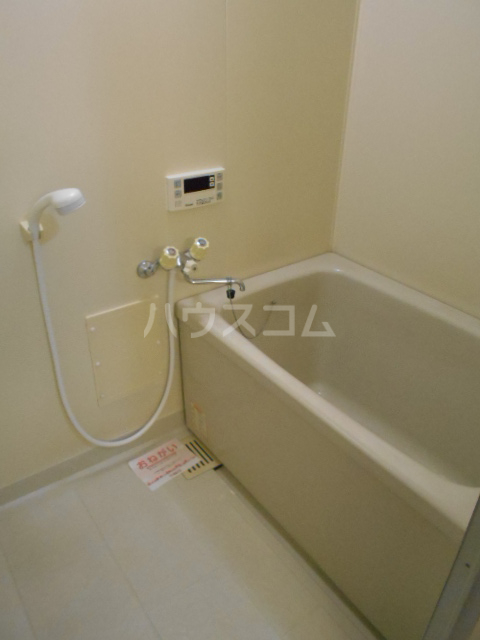 ファミリーステイツ1 03050号室の風呂