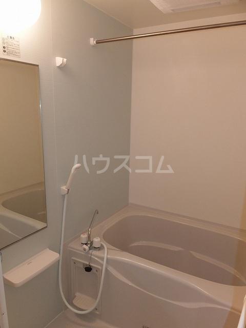 Tクレスト 01070号室の風呂